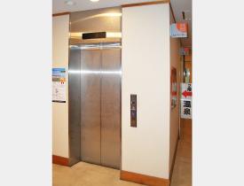 安心のエレベーター完備